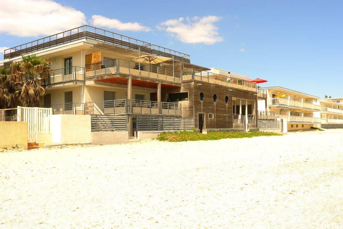 Maisons de vacances en bord de plage.