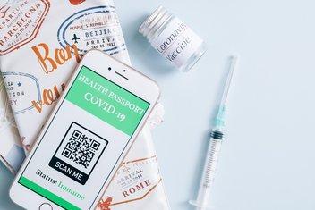 Pass sanitaire avec QR code et vaccin COVID-19